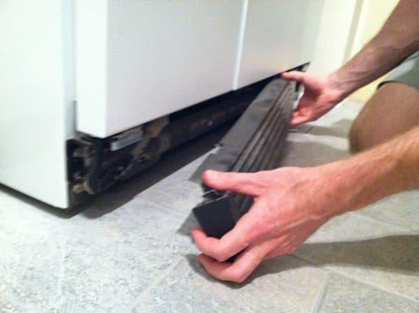 clean refrigerator condenser coils